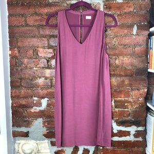 Wilfred Aritzia  V Neck Shift Mauve Dress M